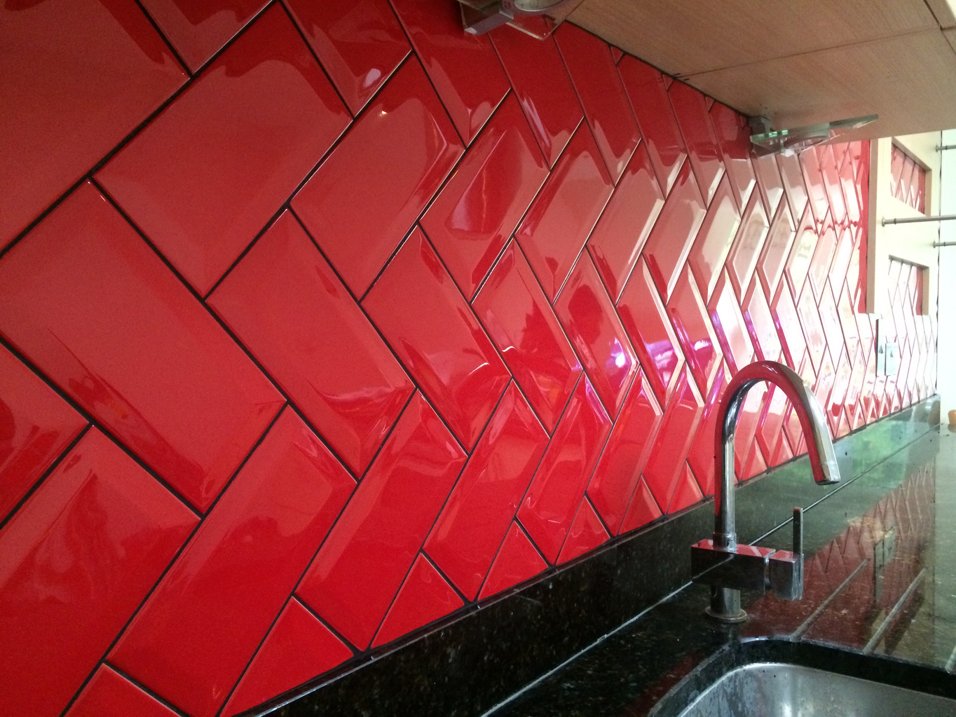 Black And Red Kitchen Wall Tiles - Trendyexaminer