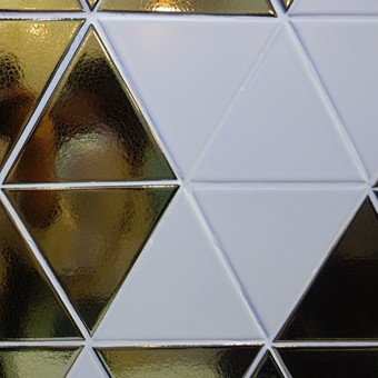 Trianglio Gold & White.jpg